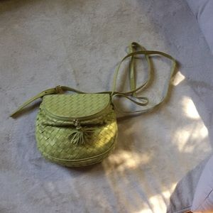 BOTTEGA VENETA CROSSBODY-VINTAGE...PERFECT!